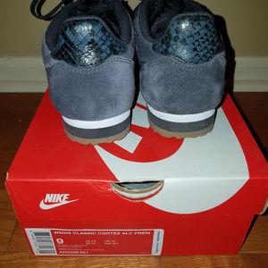 size 40 67fff 3ba3b Nike Shoes - Nike x A.L.C Classic Cortez Sneakers  Size 9